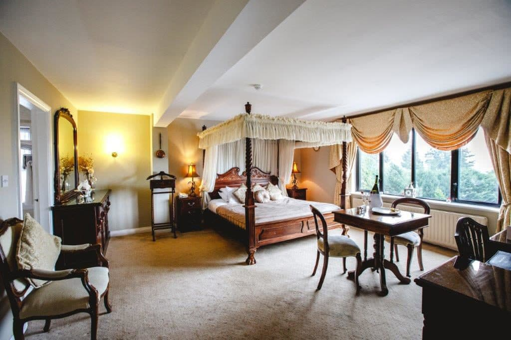 Aherlow House Hotel Bedroom