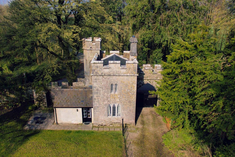 Annes Grove Gate Castle 1