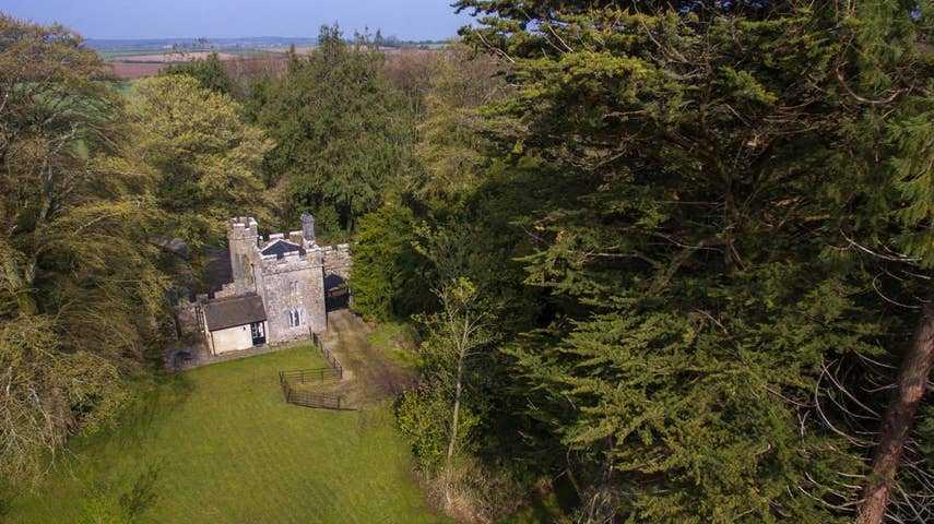 Annes Grove Gate Castle 3