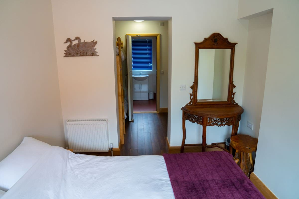Ballyhoura Hostel Double Private Ensuite and 4 Bed Family Room