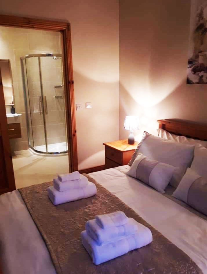 Ballyhoura Escape double bedroom