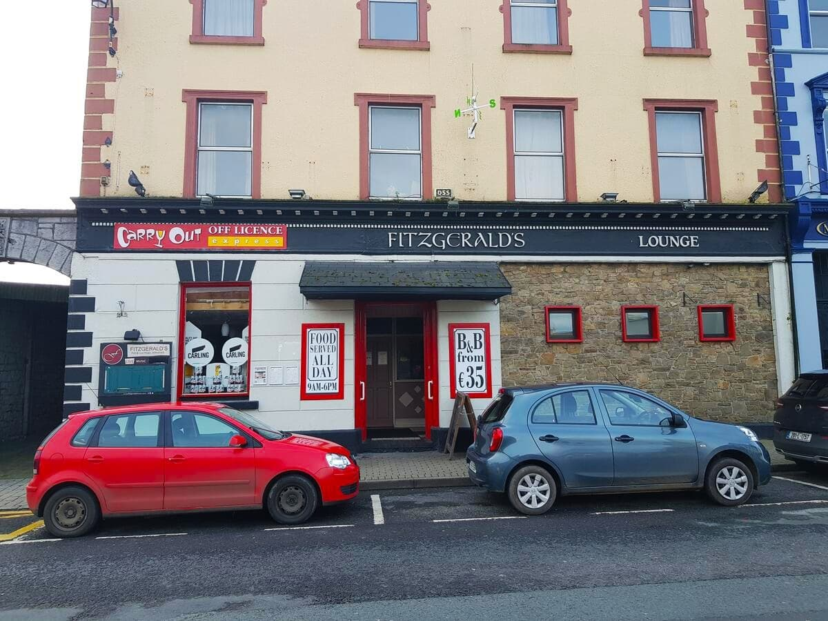 Fitzgeralds Bar and BB 4