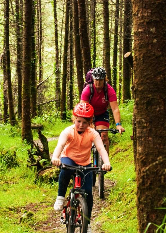 Girl mountain biking website