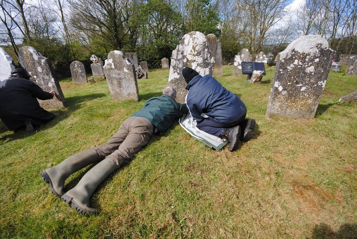 Historcic Graves I Transcribing Old Headstones
