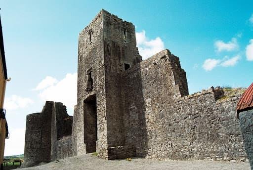 Liscarrol Castle 1
