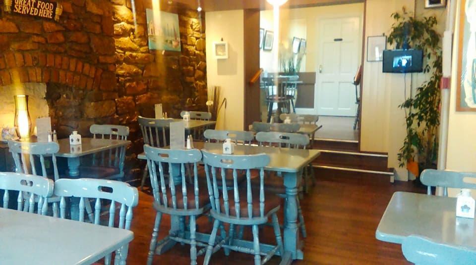 Mollys Restaurant 3