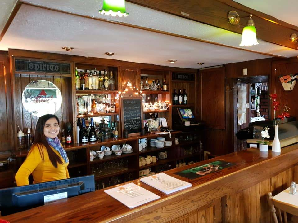 Reardons Bar 6