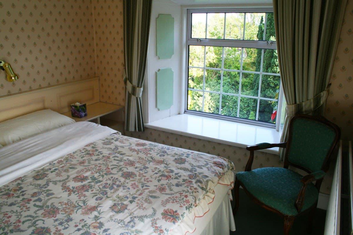 Deebert house bb bedroom