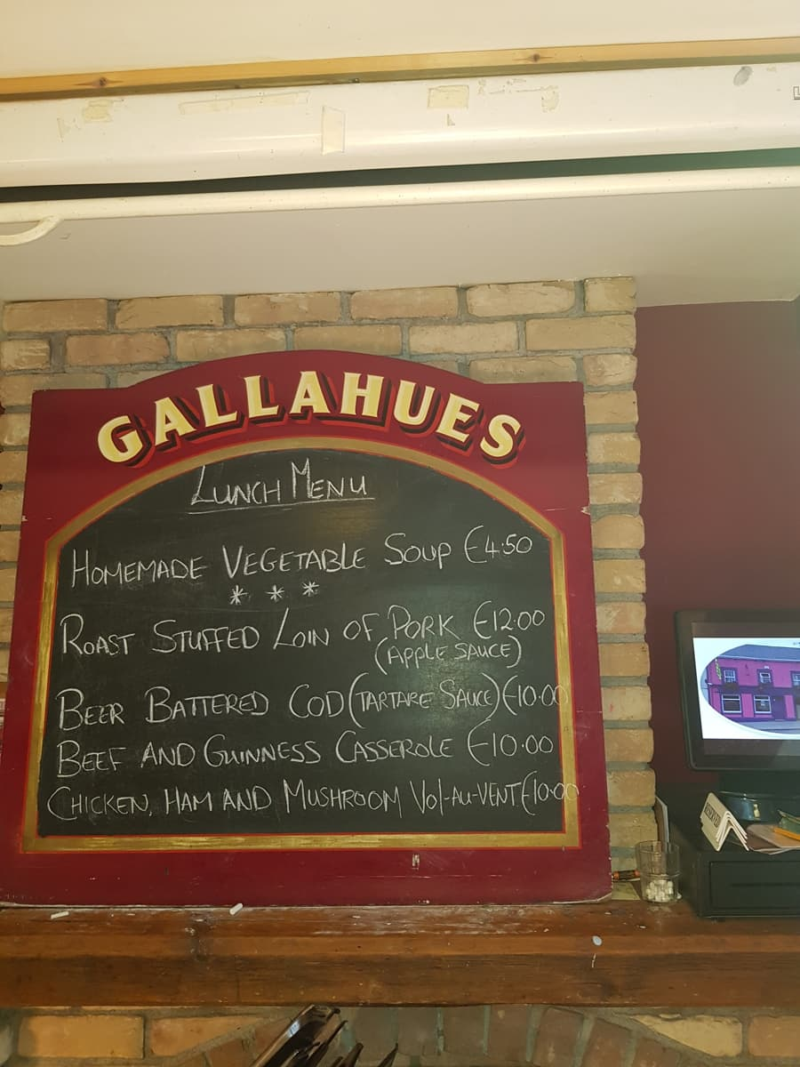 Gallahues bar and pub 4